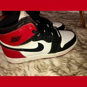 Nike Jordan 1s red black white